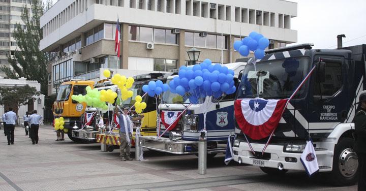 Cuerpo de Bomberos de Rancagua puso en servicio oficialmente cinco nuevos carros