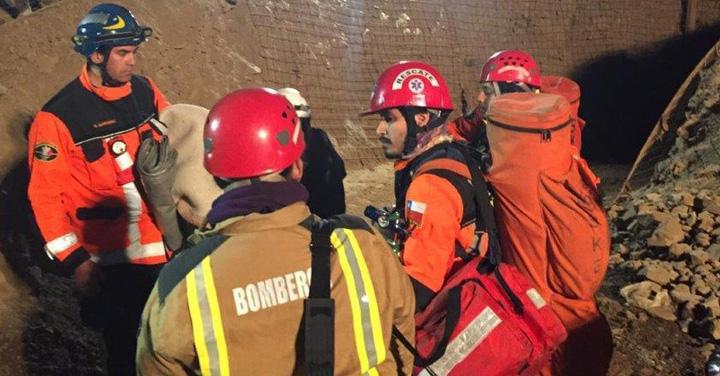 Bomberos, Ejército y Carabineros finalizan labores de rescate de los 3 mineros atrapados en Tocopilla
