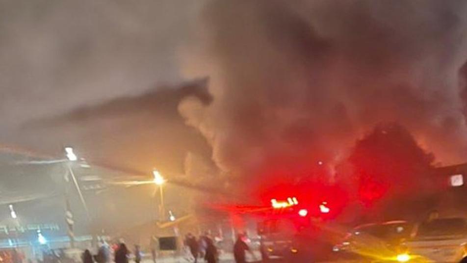 Bomberos de María Elena y Tocopilla trabajaron en incendio que dejó un fallecido y cuatro casas afectadas
