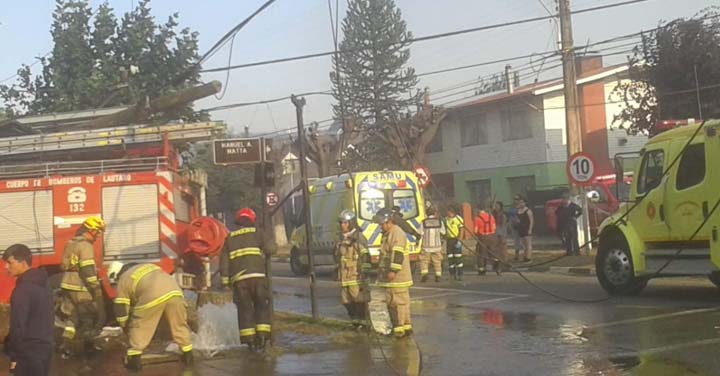 Accidentes de tránsito involucraron a carros de Bomberos de Lautaro e Isla de Maipo