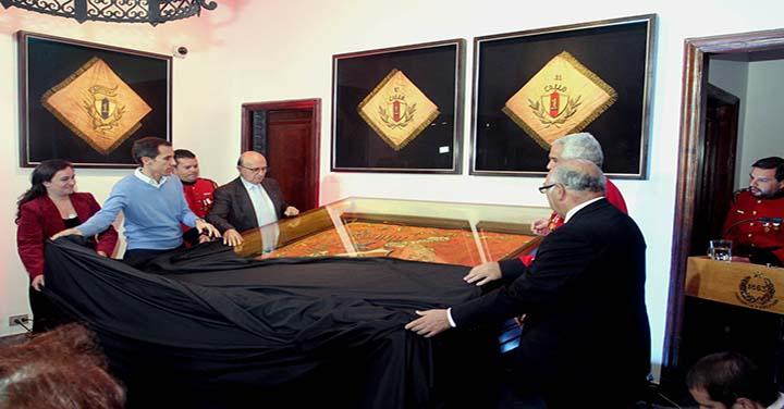 Primera Compañía de Santiago restauró su primer estandarte