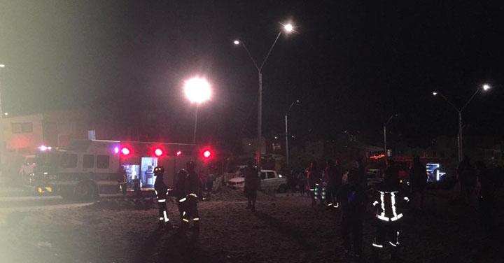 Bomberos de Antofagasta logra rescate de menores desde un cerro de la ciudad