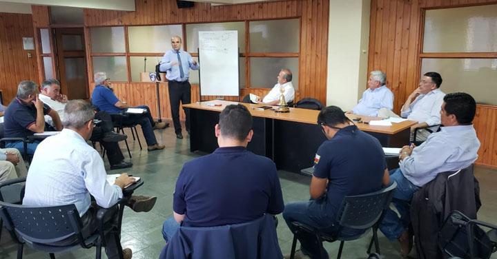 Presidente Nacional asistió a reunión en Consejo Regional de Valparaíso