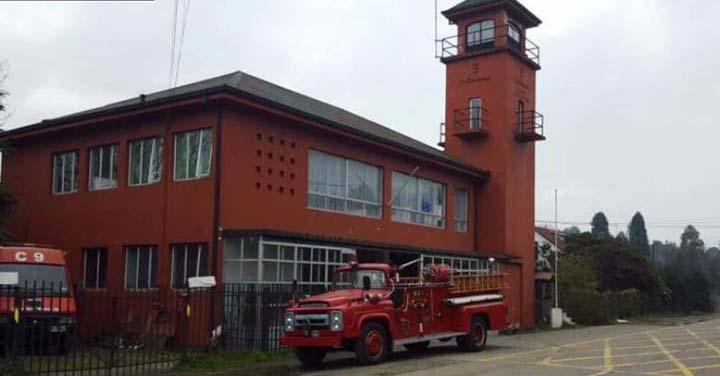Novena Compañía de Bomberos Collico celebra 87 años al servicio de la comunidad