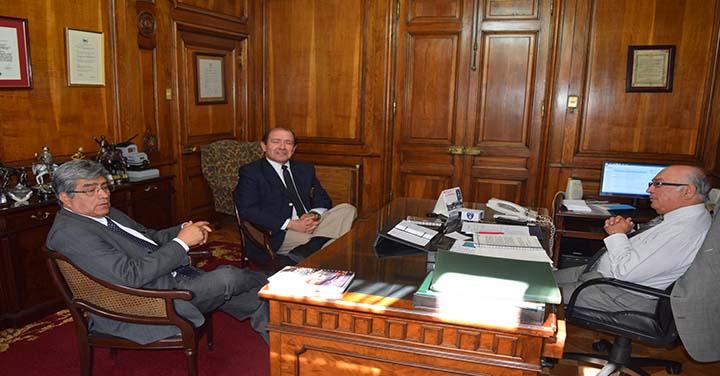 Presidente Nacional recibió a los Cuerpos de Bomberos de Rancagua y Quillota