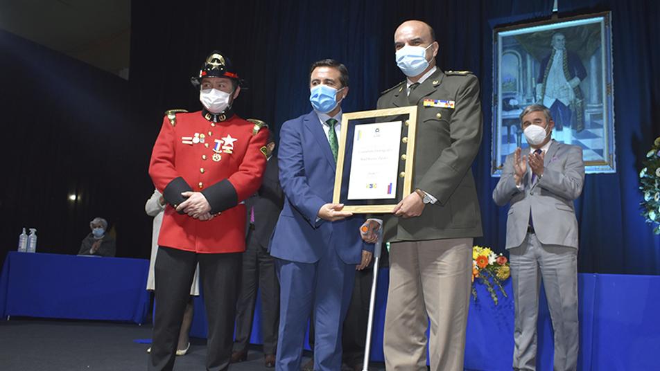 Ciudadano Distinguido 2021: Municipalidad de Los Andes entrega distinción al Presidente Nacional de Bomberos