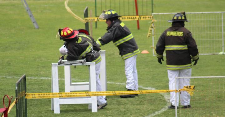 Bomberos de Iquique realizó brillante ejercicio demostrativo