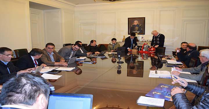 Sesionó Comisión de Estandarización de Bomberos de Chile