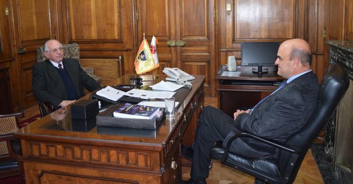 Cuerpo de Bomberos de San Bernardo y Papudo visitan al Presidente Nacional