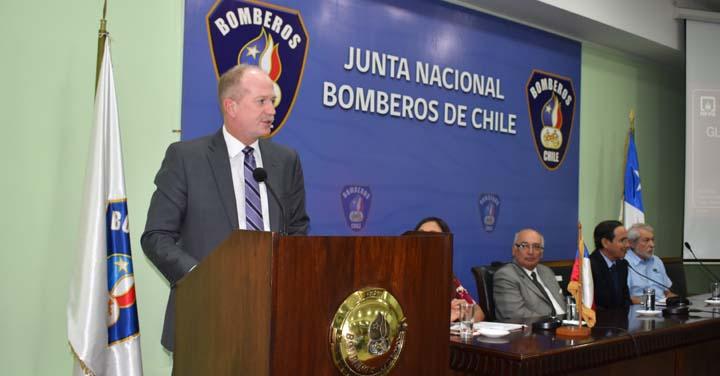 Bomberos de Chile recibió a Presidente de NFPA