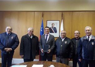 Bomberos de Los Ríos se reunieron con el Intendente Regional