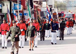 Con desfile de honor Bomberos de Copiapó culminó su aniversario 148