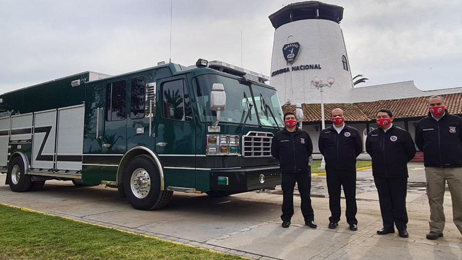 Nuevos carros para los Cuerpos de Bomberos de Río Hurtado, Metropolitano Sur y Antofagasta