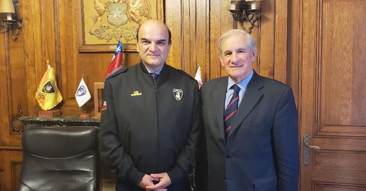 Presidente de Bomberos de Chile recibió a Diputado Manuel Matta