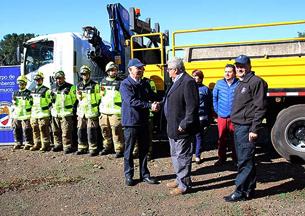 Empresa Ruta de La Araucanía donó barreras de contención a Bomberos de Temuco