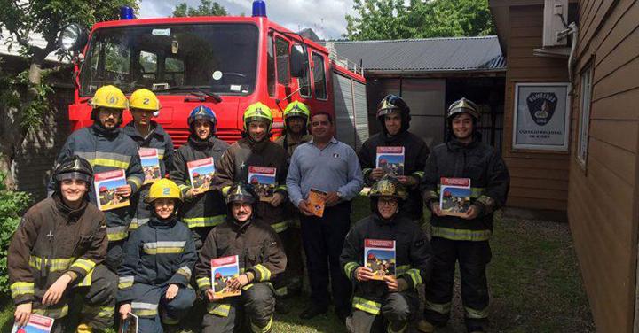 Once nuevos voluntarios se integran a las filas del Cuerpo de Bomberos de Coyhaique