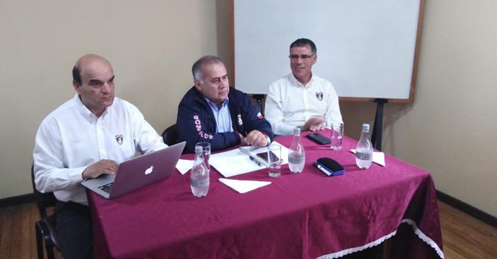 Autoridad Nacional asiste a Consejo Provincial de Chiloé para fortalecer funcionamiento de la Institución