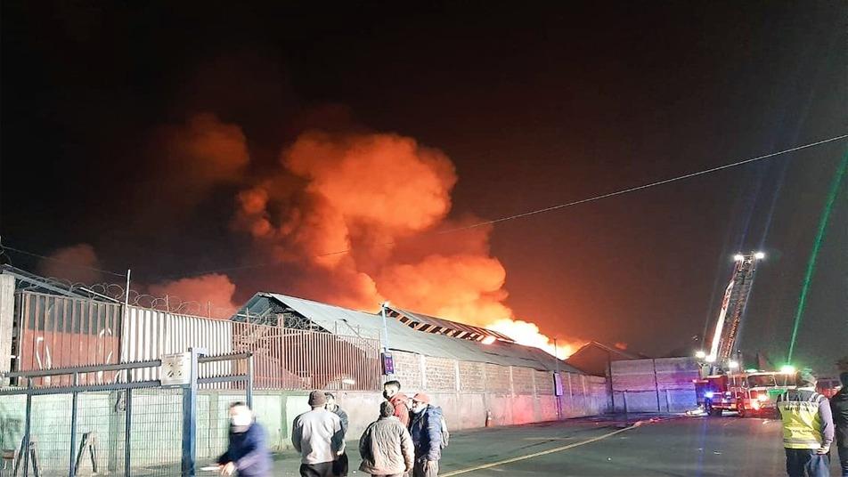 Gran explosión durante incendio en La Pintana