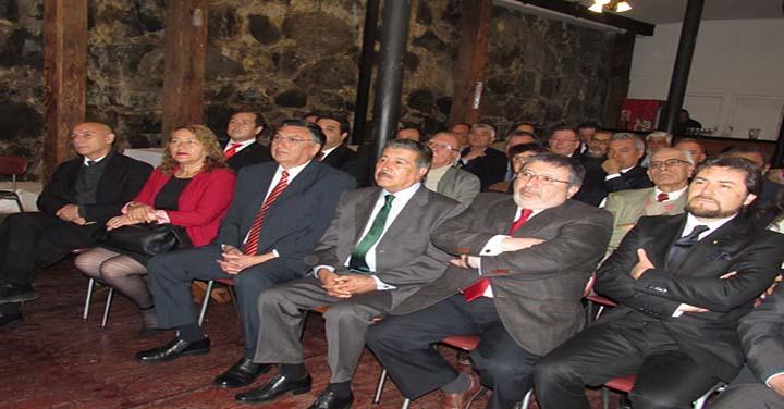 Gran Logia de Chile homenajeó al Cuerpo de Bomberos de Valparaíso