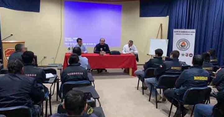 Rector de la Academia Nacional de Bomberos visitó la Región de Aysén