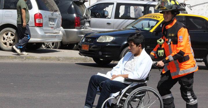 Bomberos de Chile encabeza preferencias como institución más confiable