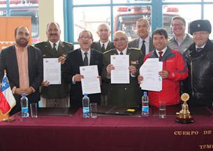 Gobierno Regional de La Araucanía financia nuevos carros para Bomberos